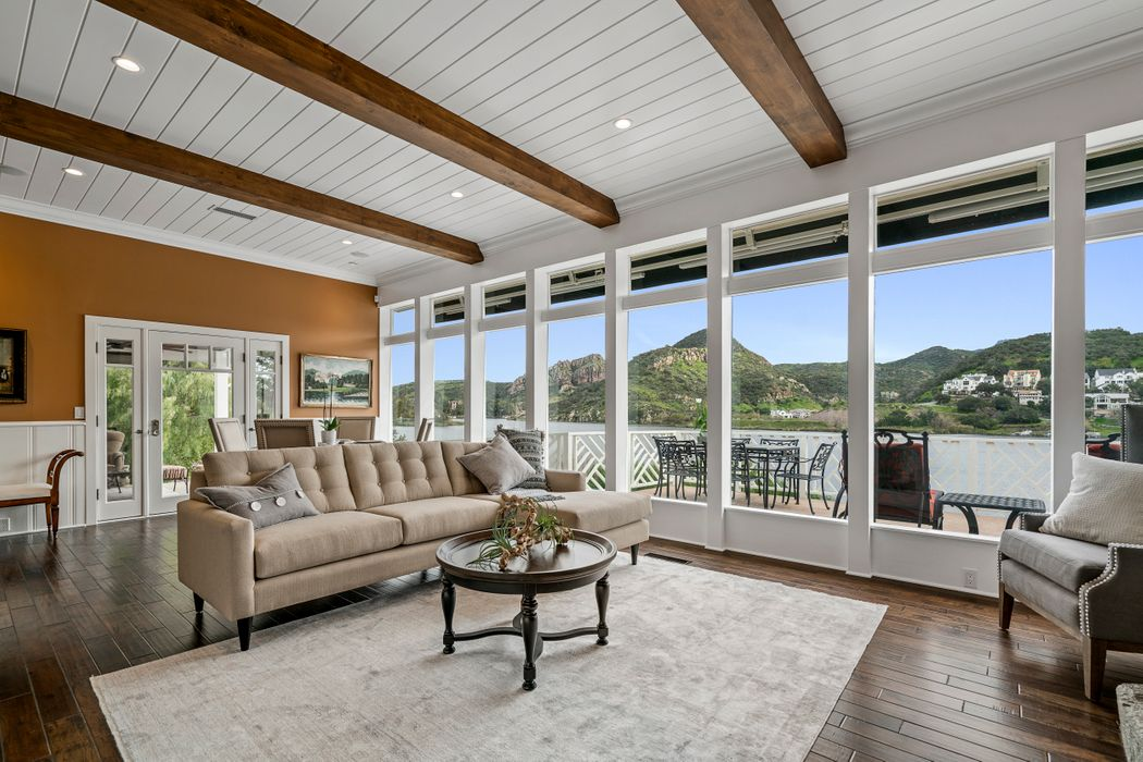 296 David Lane Lake Sherwood, CA 91361