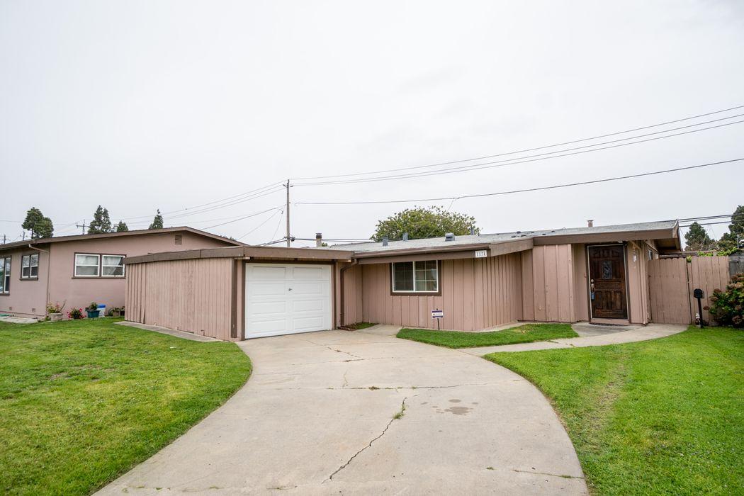 1174 Tyler Street Salinas, CA 93950
