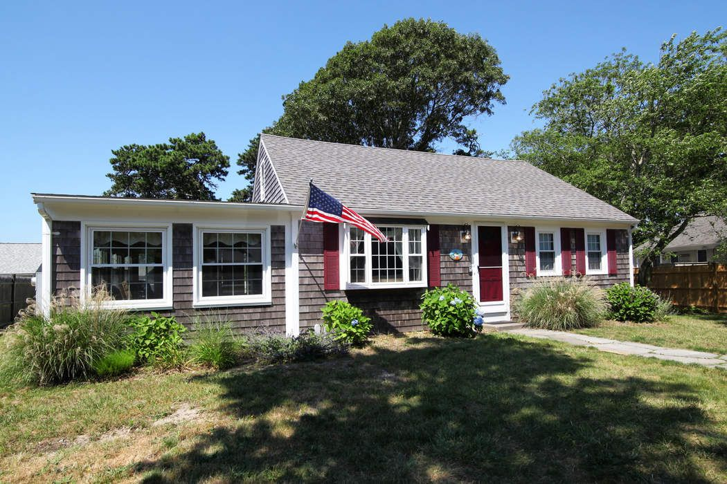 149 Sixth Avenue, West Hyannisport, MA