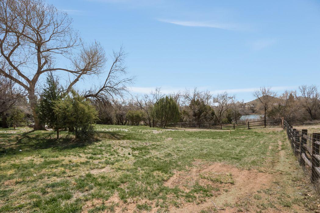 54 Rito Guicu Santa Fe, NM 87507