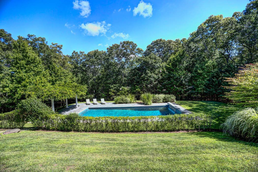NORTHSIDE HILLS PERFECTION Sag Harbor, NY 11963