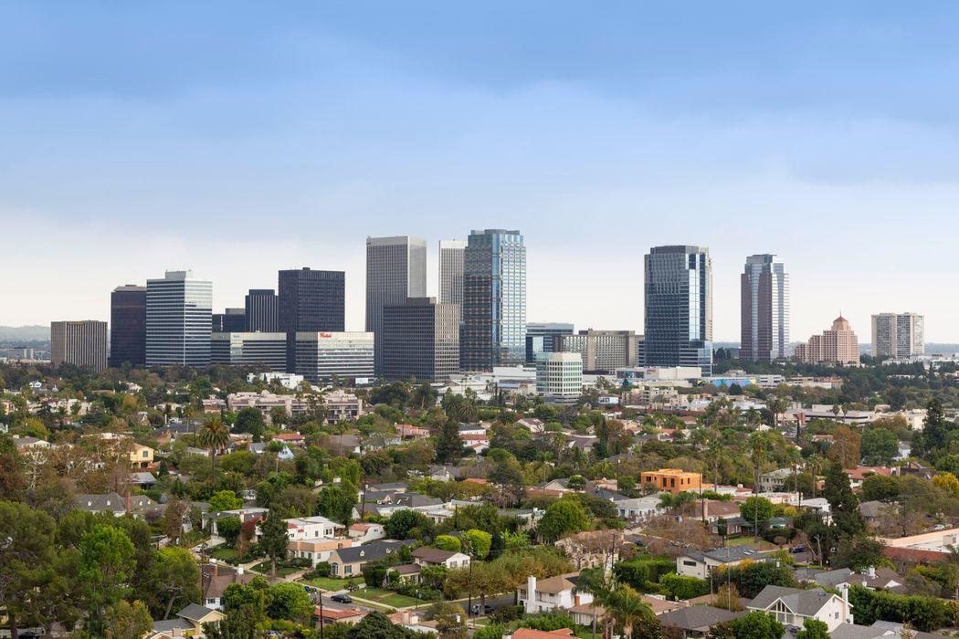 10660 Wilshire Boulevard #1706 Los Angeles, CA 90024