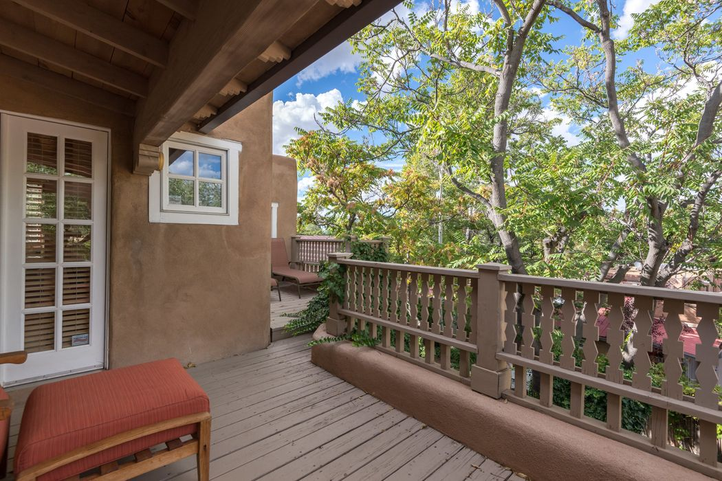 714-722 Canyon Road Santa Fe, NM 87501