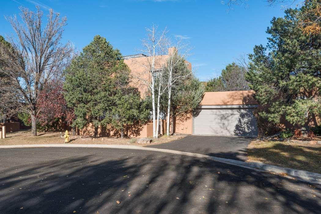 3101 Old Pecos Trail Santa Fe, NM 87505