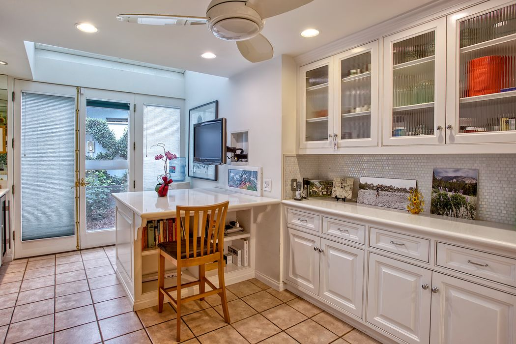 881 South Grand Avenue Pasadena, CA 91105