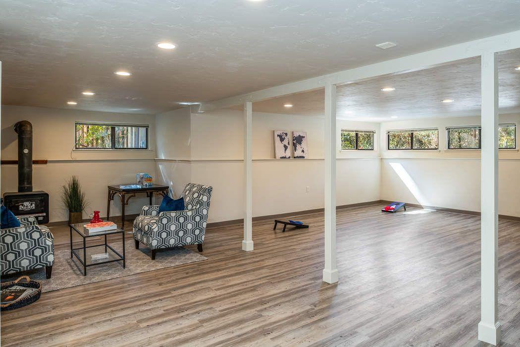 25135 Monterey Street Carmel, CA 93923