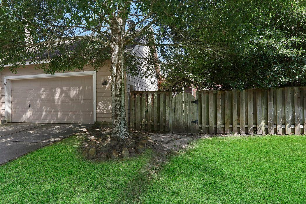 23 Ivy Garden Street The Woodlands, TX 77382
