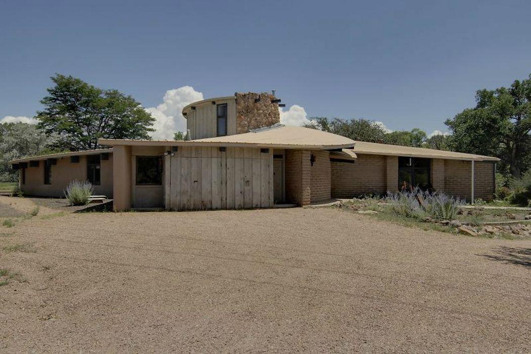 34 State Road 503 Santa Fe, NM 87506