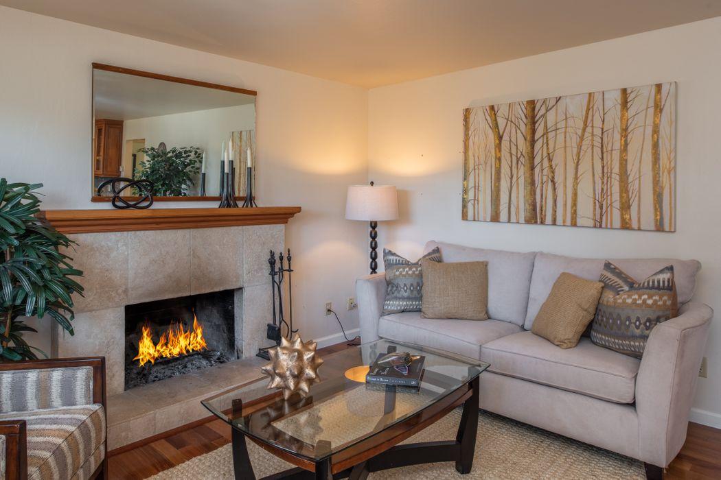 306 Walnut Street Pacific Grove, CA 93950