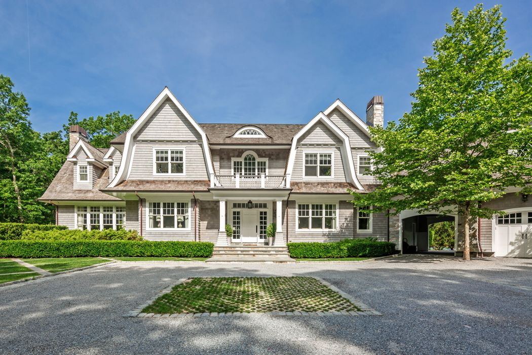 Custom Designer Traditional with Tennis Sagaponack, NY 11962