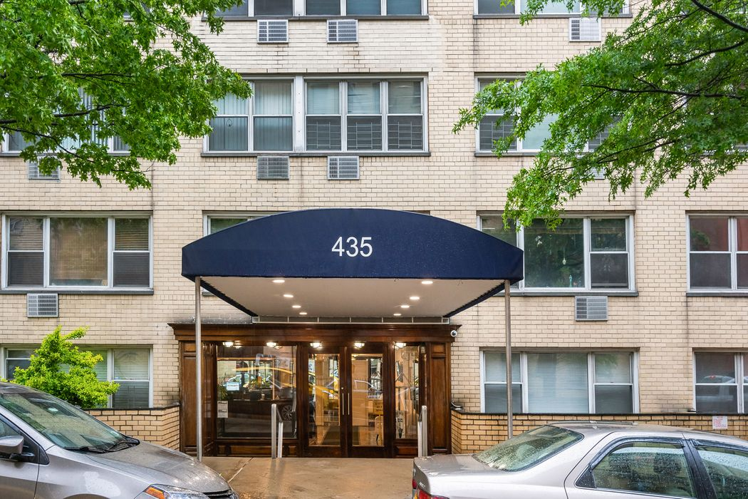 435 East 65th Street New York, NY 10065