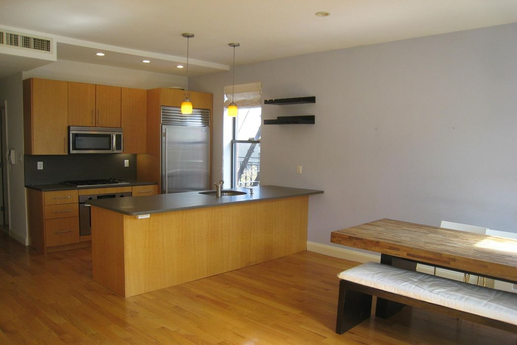 Brownstone Living at 536 Henry Street Brooklyn, NY 11231