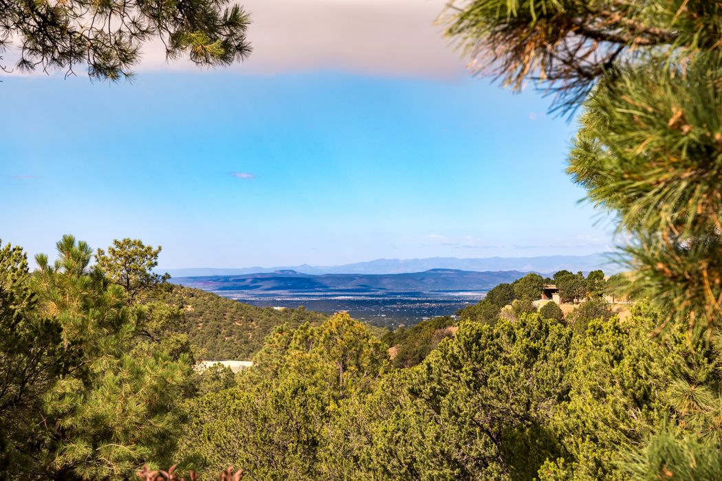 2326 Wilderness Ridge Santa Fe, NM 87505