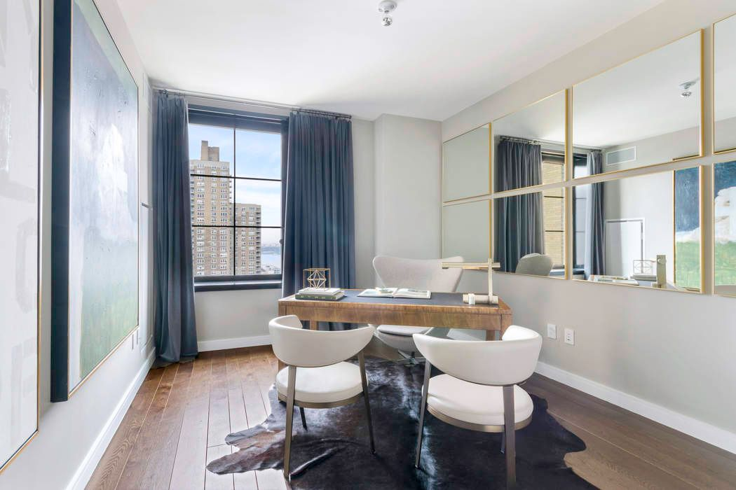 425 West 50th Street New York, NY 10019