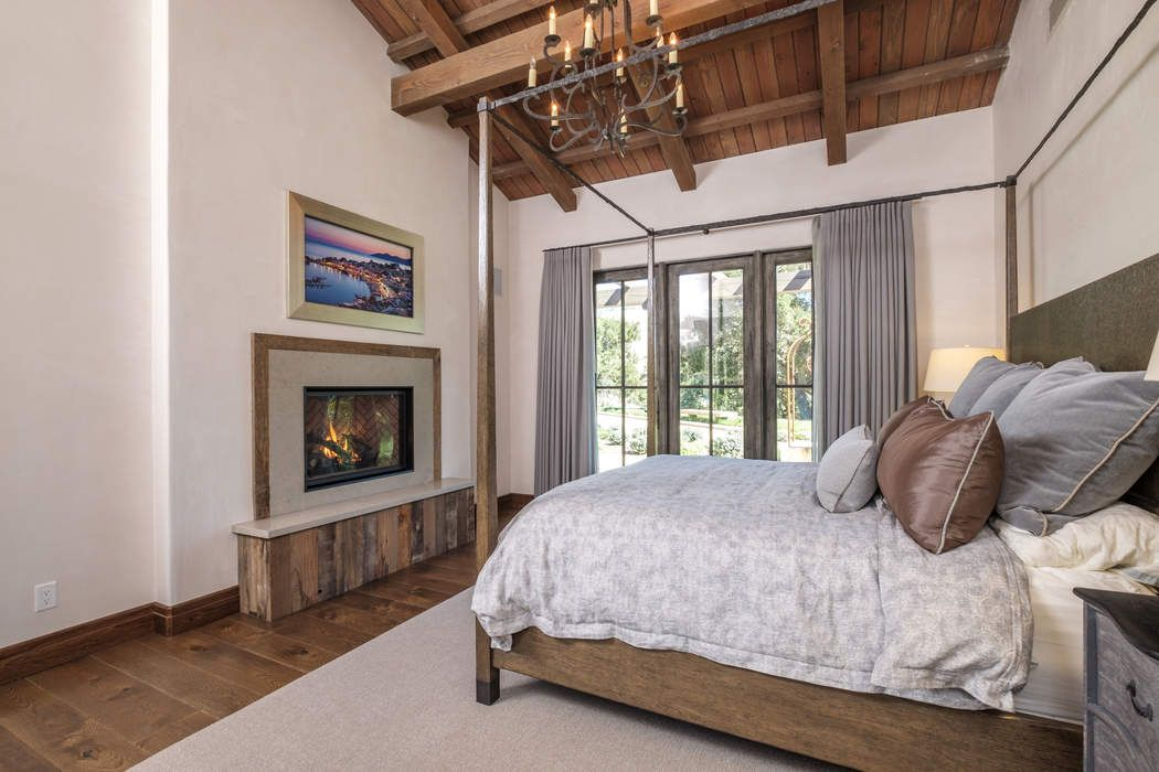 33754 East Carmel Valley Road Carmel Valley, CA 93924