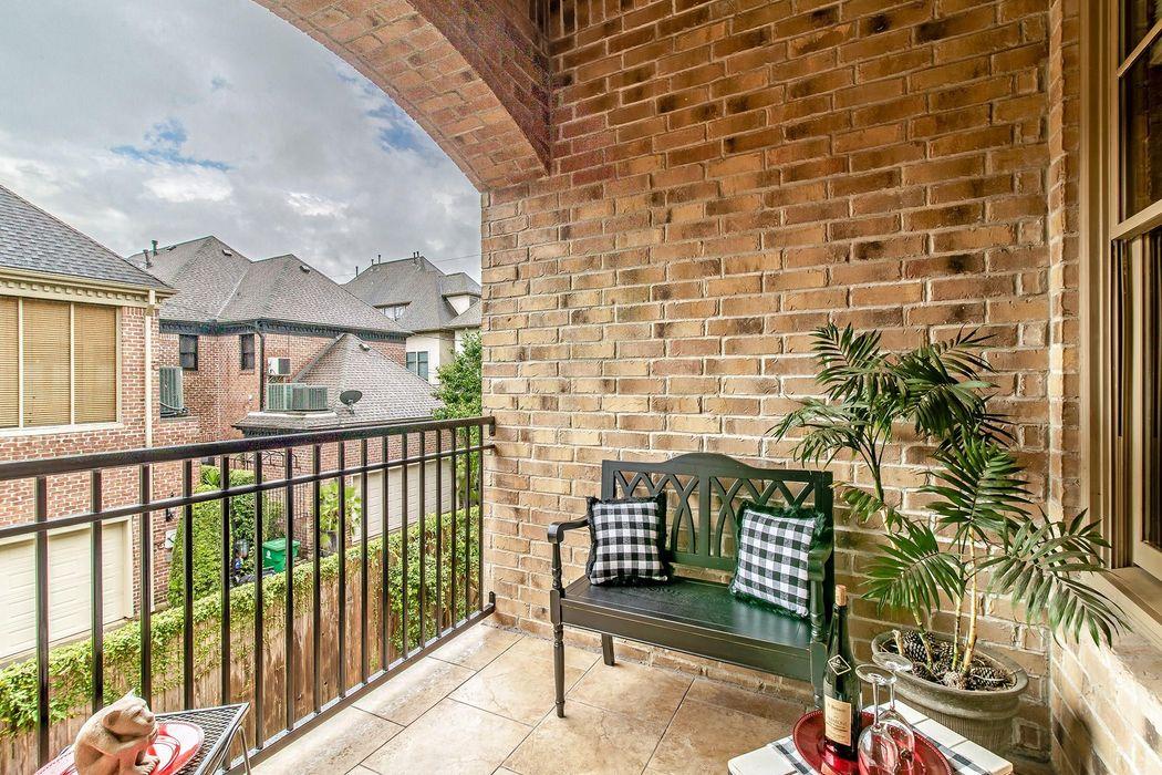 2908 W Lane Drive Houston, TX 77027