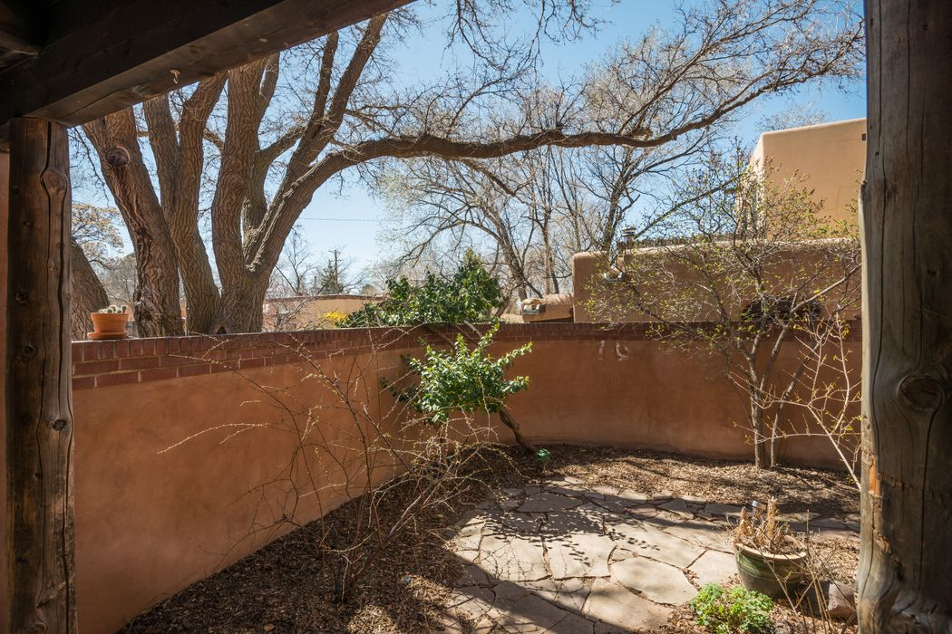 655 Galisteo St Santa Fe, NM 87505