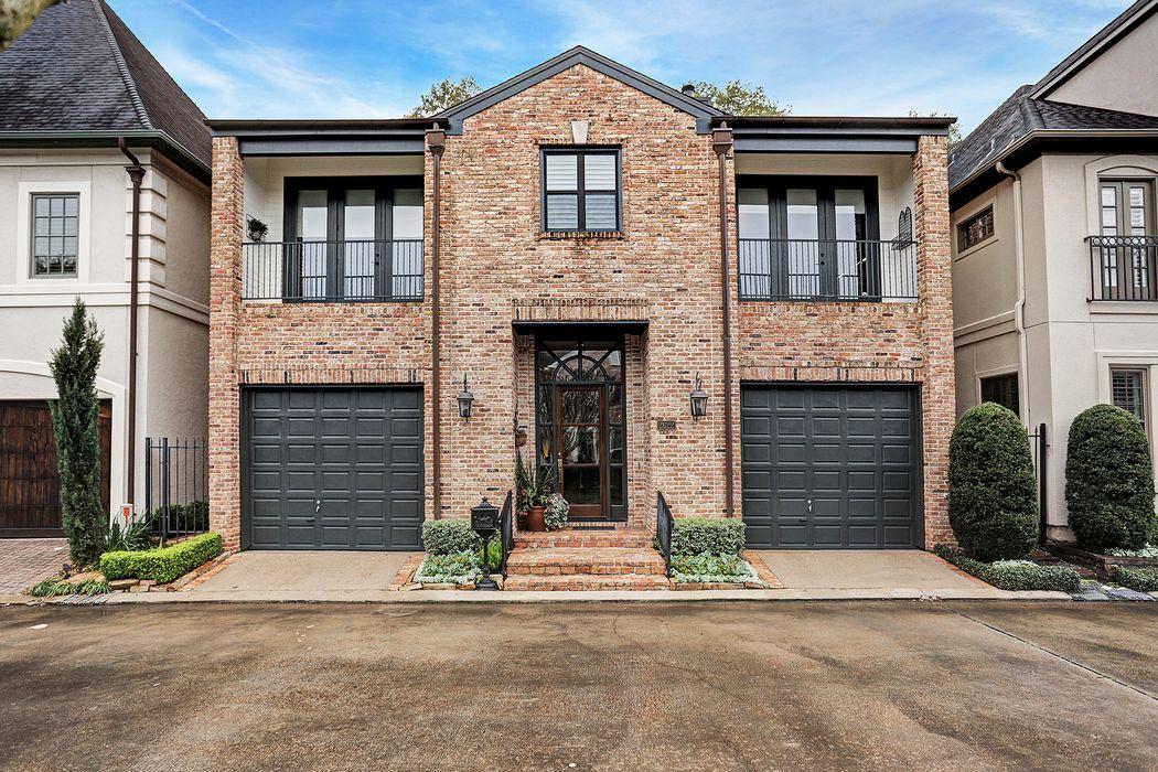 2622 Sutton Court Houston, TX 77027