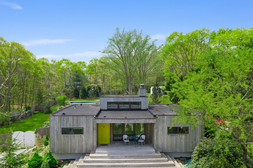18 Rosemaries Lane East Hampton, NY 11937