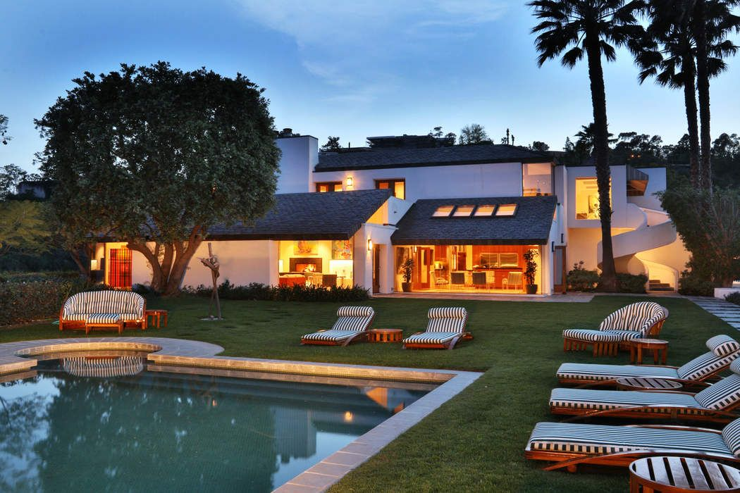 10690 somma way los angeles ca 90077 sotheby 39 s for Home for sale los angeles ca