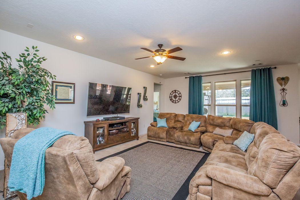10142 Cimarron Canyon Lane Magnolia, TX 77354