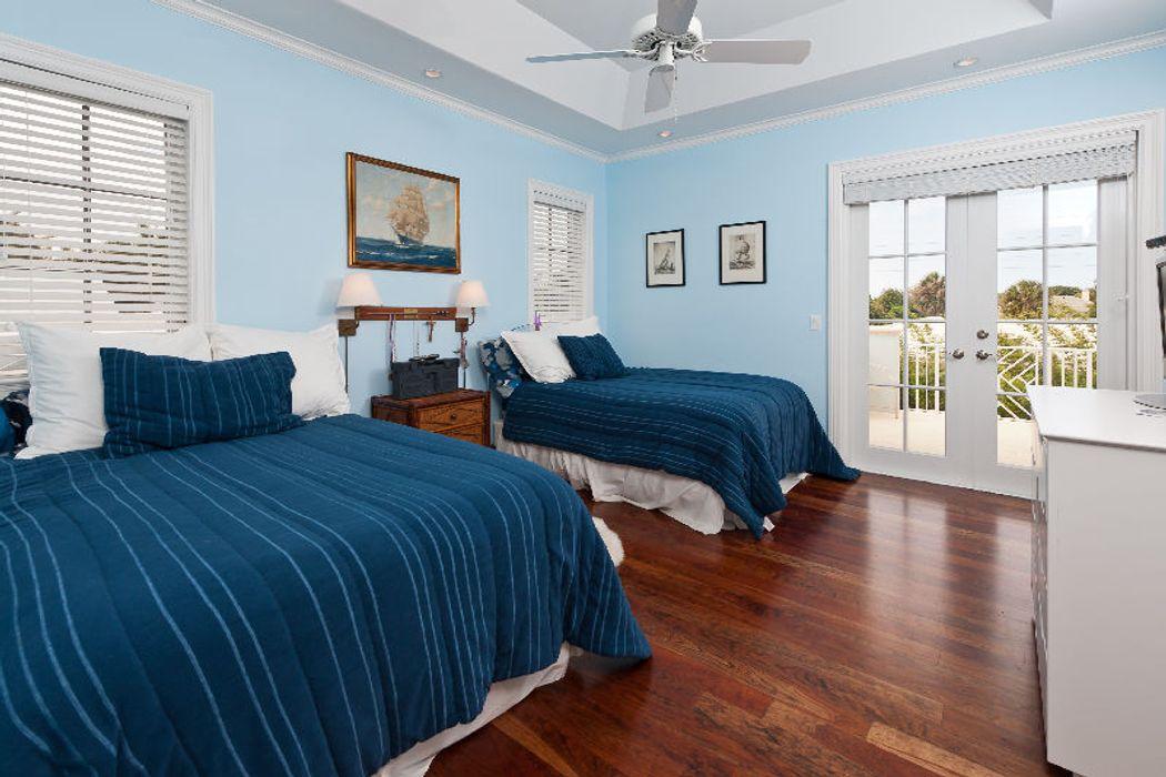 New West Indies Home West Palm Beach, Fl 33405  Sothebys -2146