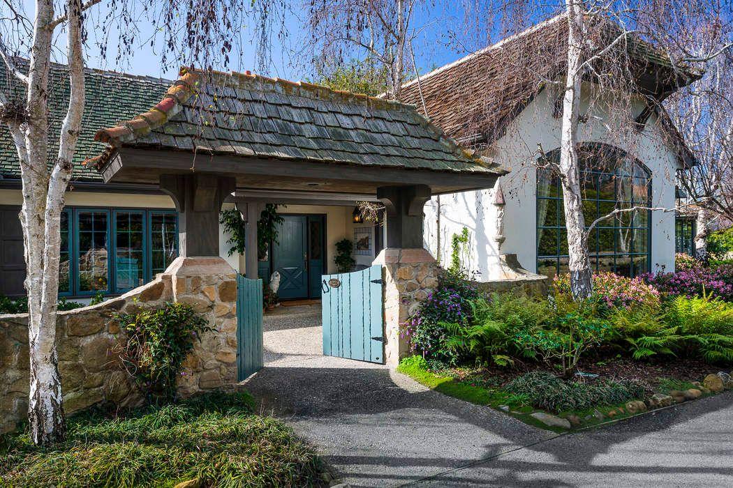 284 Santa Rosa Lane Montecito, CA 93108