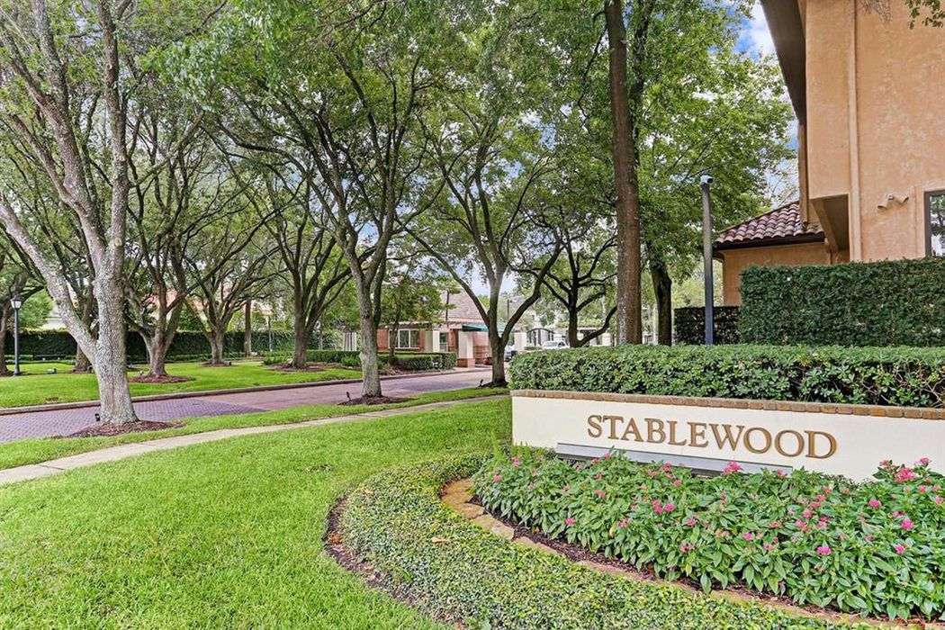 8611 Stable Crest Boulevard Houston, TX 77024