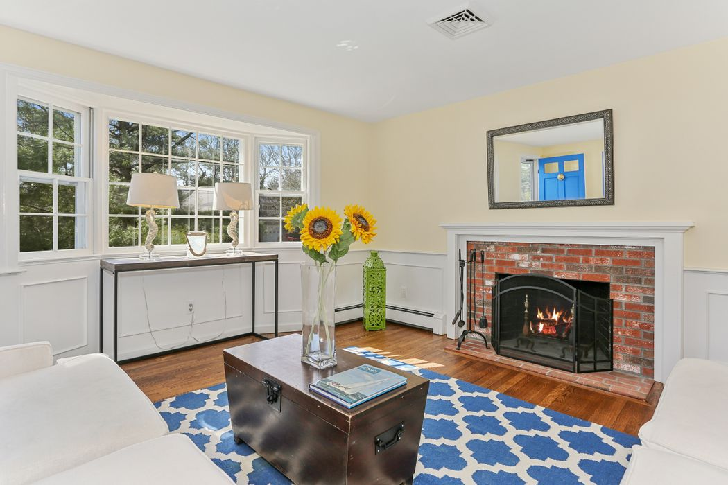 110 Acorn Drive Osterville, MA 02655