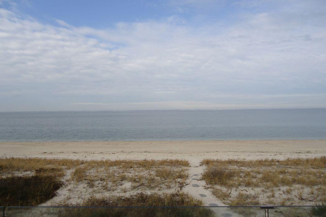 Beautiful Southampton Bayfront Southampton, NY 11968