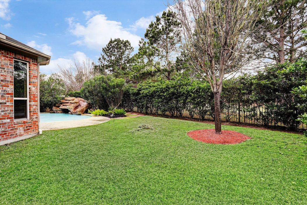 6003 Saratoga Springs Lane Houston, TX 77041