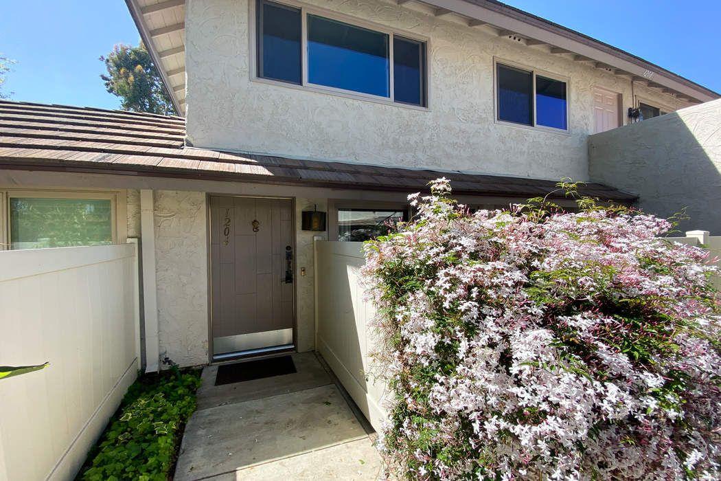 1204 Landsburn Circle Westlake Village, CA 91361