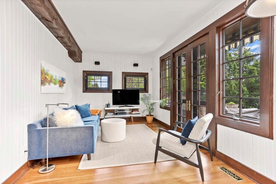174 Shore Road Old Greenwich, CT 06870