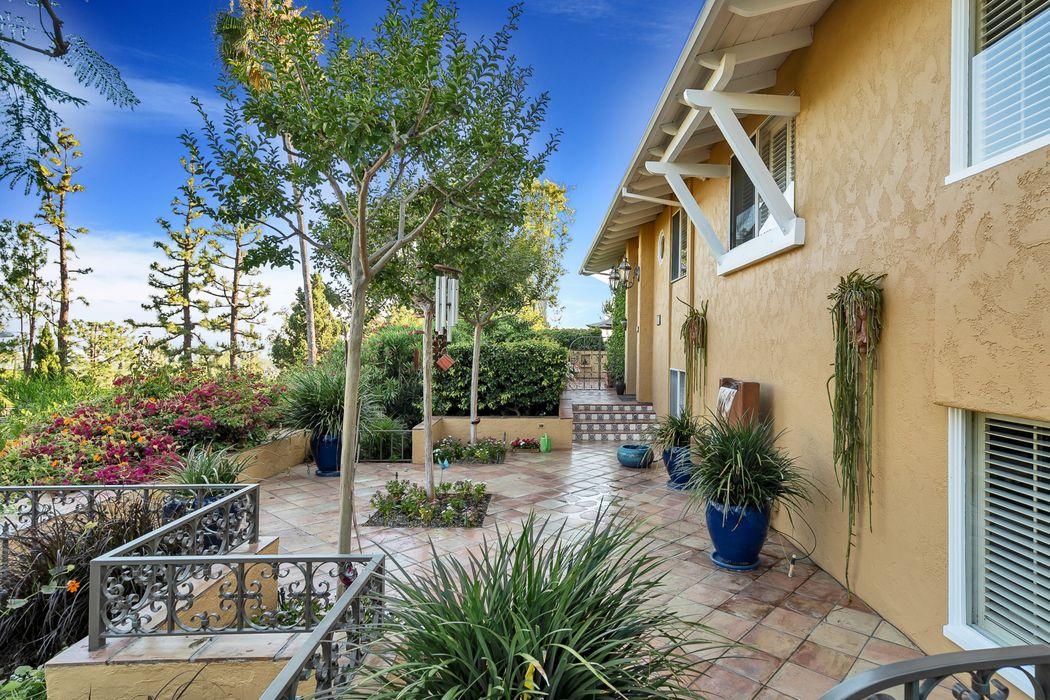 501 Glen Court Pasadena, CA 91105