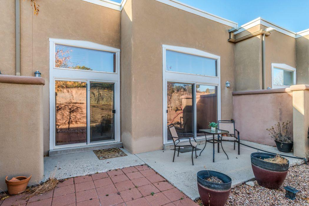 663 Bishops Lodge Road, Unit 76 Santa Fe, NM 87501