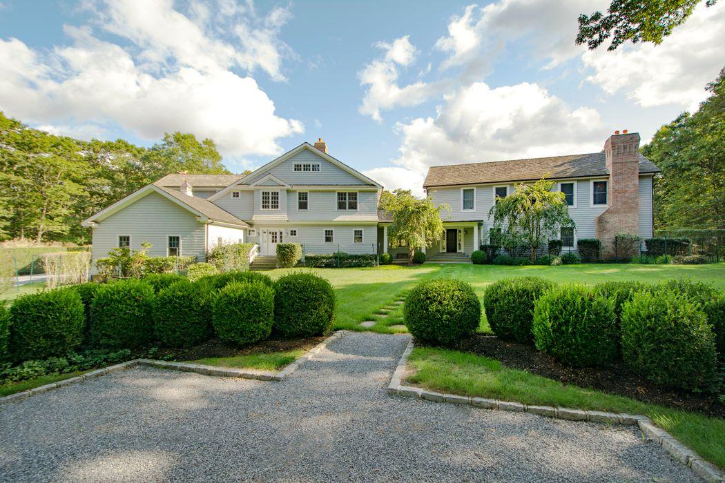 11 Edge Avenue Southampton, NY 11968