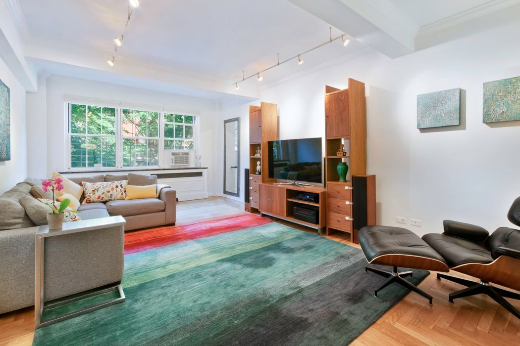 320 West 76th Street, Apt. 3F