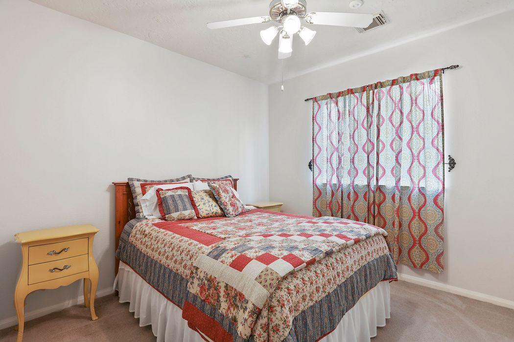 4615 Cardinal Brook Way Kingwood, TX 77345