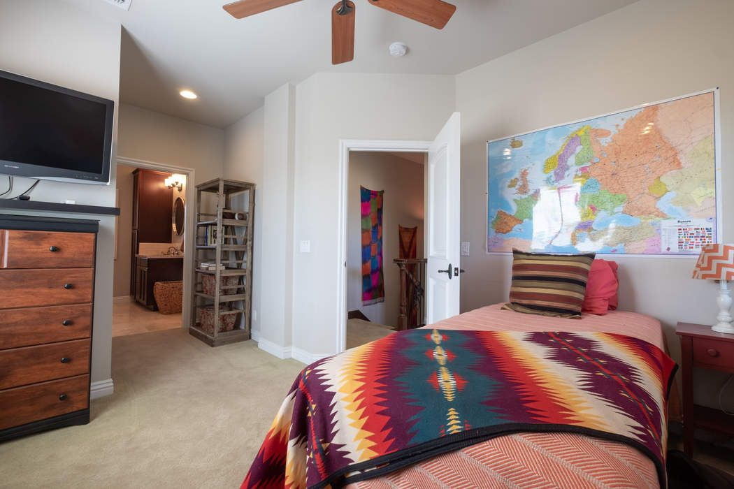 4148 Gaviota Avenue Long Beach, CA 90807