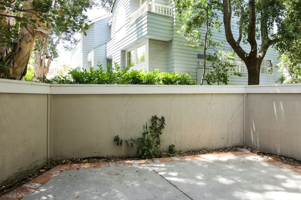 872 Gilbert Lane Ventura, CA 93003