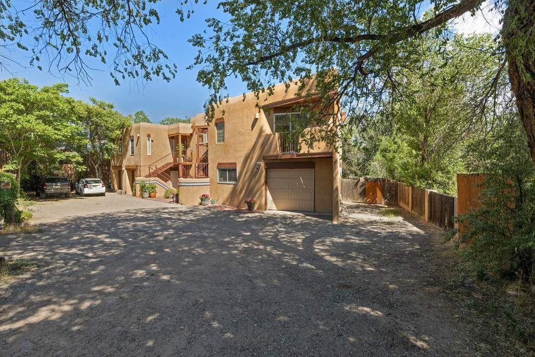 351 E Berger Santa Fe, NM 87505