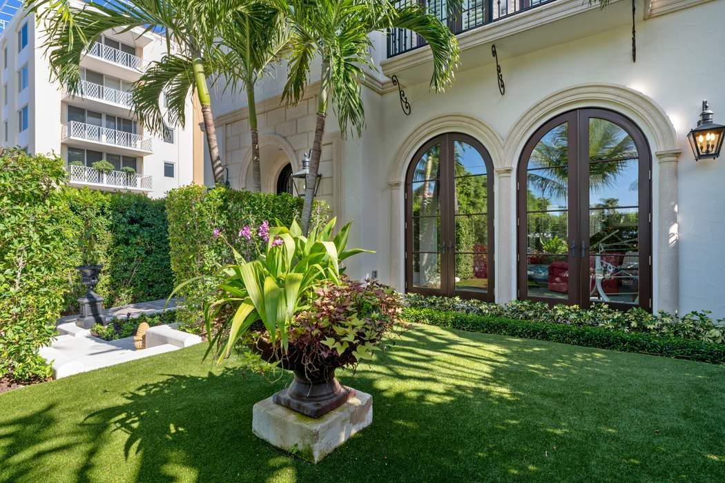 444 Chilean Ave Palm Beach, FL 33480