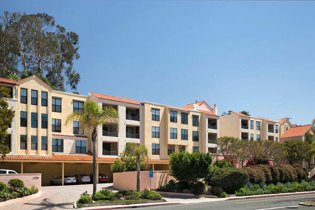 1220 Coast Village Road #208 Santa Barbara, CA 93108