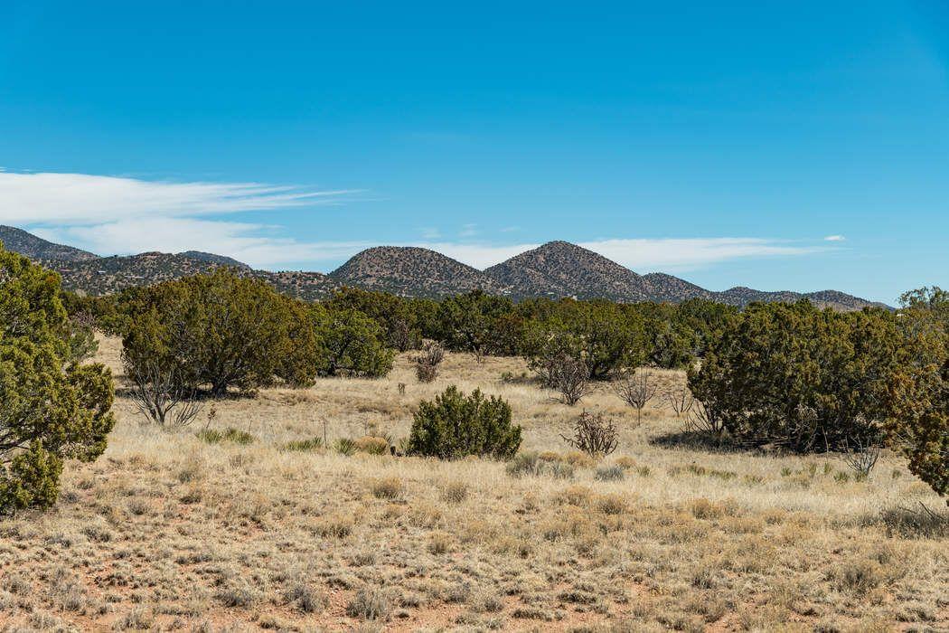 71 Droege Road Santa Fe, NM 87508