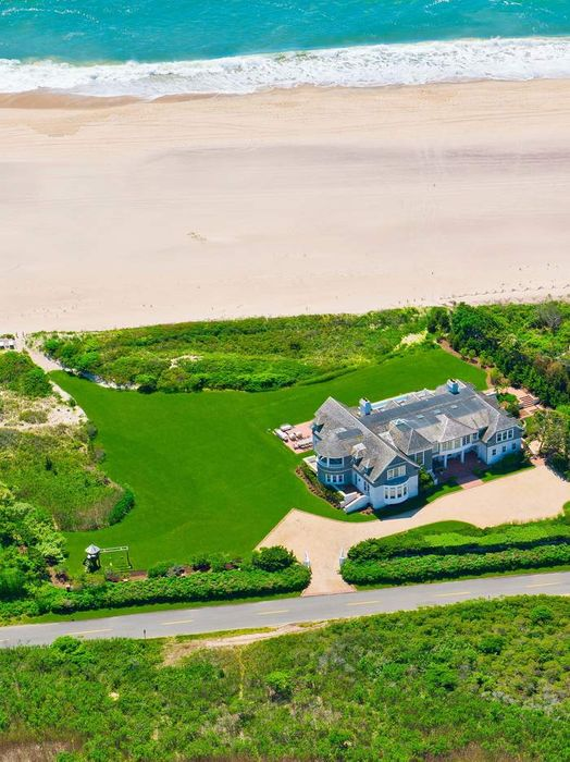 Magnificent Bridgehampton Oceanfront