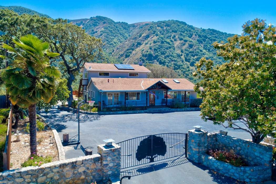 Hidden Carmel Valley Gem