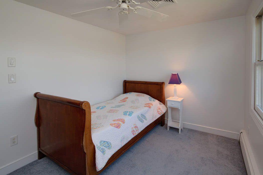 19 Ocean Avenue East Falmouth, MA 02536