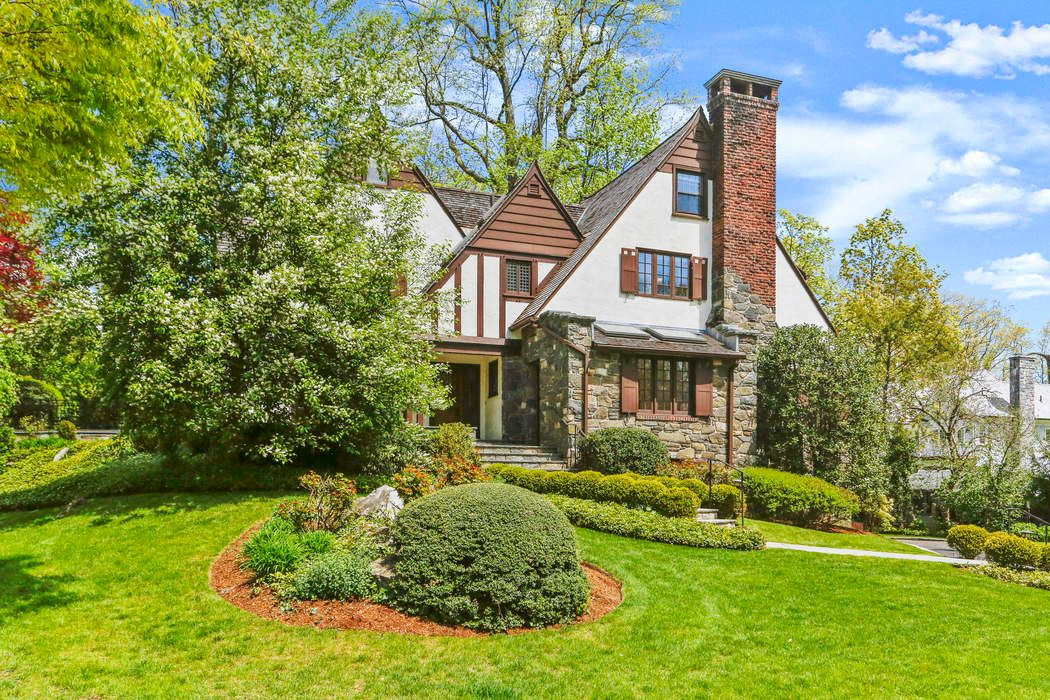 1 Spring Road Greenwich, CT 06830