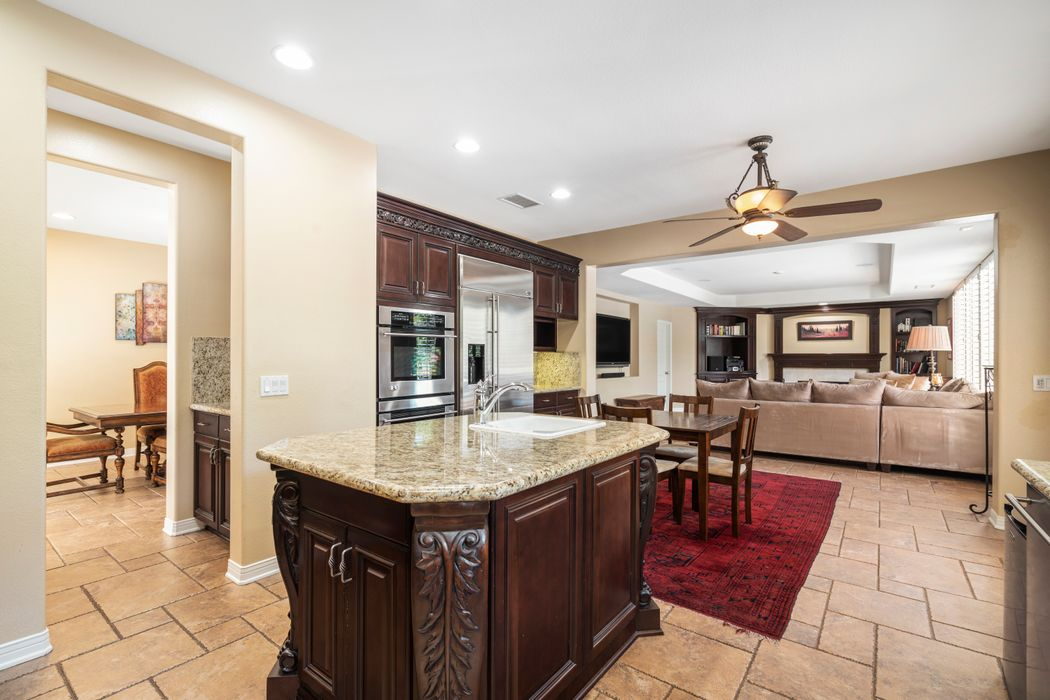 1441 Honey Creek Court Thousand Oaks, CA 91320