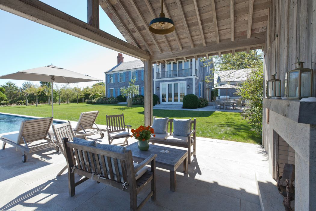 53 Fairfield Pond Lane Sagaponack, NY 11962